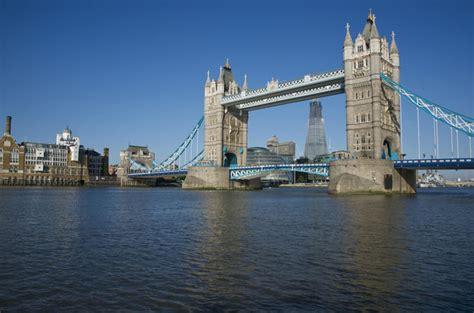 thames river cruise tower of london and city of london tour o rio thames revista brasil na m 227 o o verdadeiro guia