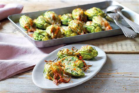 fiori zucchini ripieni ricetta fiori ripieni gratinati la cucina italiana