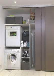 agréable Placard Salle De Bain Ikea #2: buanderie-derriere-des-portes-coulissantes_5021134.jpg