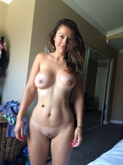 Nude Wives Are Cool Nudeshots