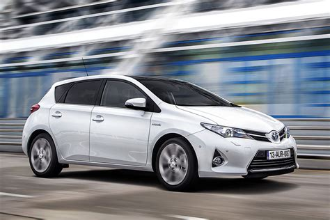 toyota pictures toyota auris 2013 pictures toyota auris 2013 images 12