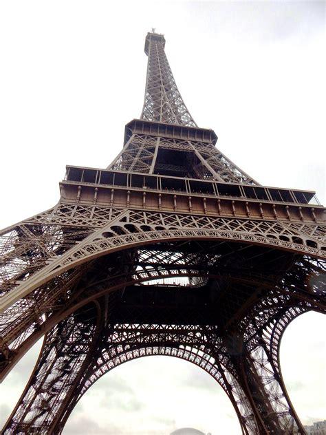 eiffel tower floor l how many floors eiffel tower has thefloors co