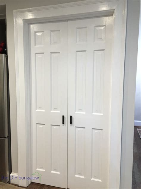 Painting 6 Panel Interior Doors Five Tips For Painting Six Panel Doors The Diy Bungalow