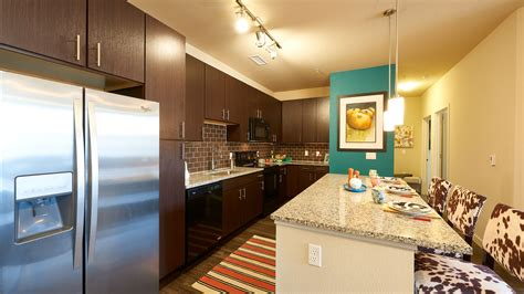 3 bedroom apartments in littleton co hiline at littleton commons one two three bedroom