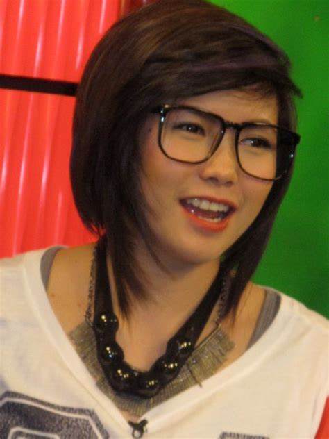 yeng constantino hairstyle peptalk yeng constantino on critics and bashers bye