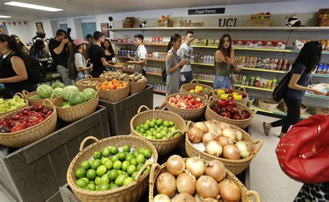Food Pantry Locator by Uc Irvine Opens Expansive Food Pantry As More College Students Struggle With Hunger La Times