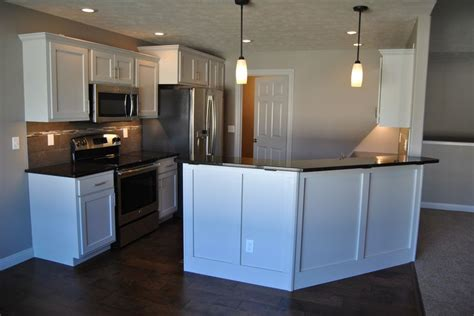 white cabinets sweet prairie marquis cabinets with prairie door style finished in