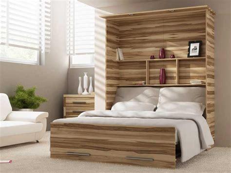 schlafzimmermöbel für kleine räume wandspiegel ombre