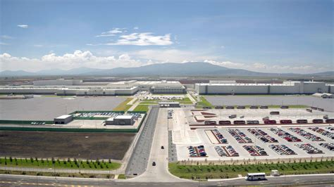 volkswagen mexico plant audi mexico plant gets ready for 2017 audi q5 production