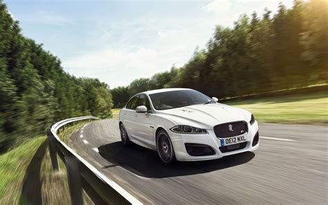 jaguar car wallpaper 2013 jaguar xfr wallpaper hd car wallpapers