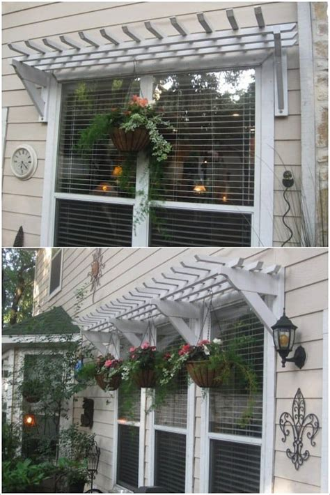 decorations to hang outside of houses 12 beautiful ways to decorate the outside of your windows