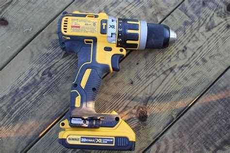 dewalt  max xr brushless compact drill drivers raising  bar tools  action power