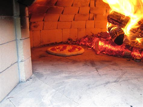 diy wood fired pizza oven plans   build diy