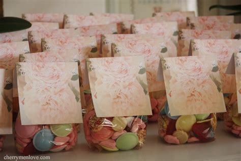 Baby Shower Return Gifts For Guests by Baby Shower Favor Bags Cherry Menlove We Made These