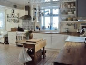 Vintage Kitchen Design Ideas by 28 Vintage Wooden Kitchen Island Designs Digsdigs