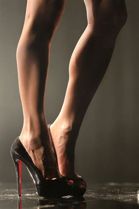 best looking high heels these legs are all we seen of go daddy s