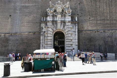 musei vaticani ingresso ingresso musei vaticani foto di vaticano84 roma