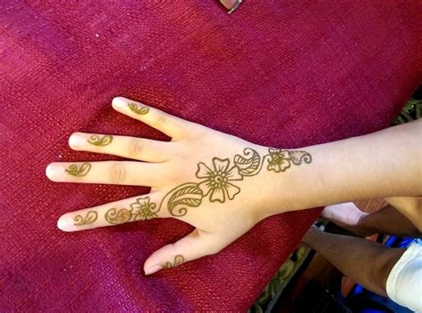 design henna kaki simple 35 new easy and simple mehndi henna designs for beginner