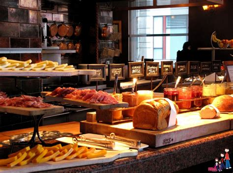 Comfort And Luxury For Families At Omni Chicago Hotel Brunch Buffet Chicago