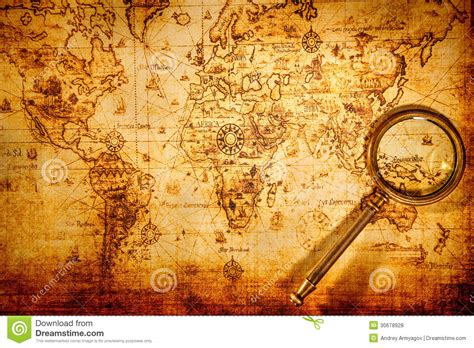 imagenes vintage mapas vintage magnifying glass lies on an ancient world map