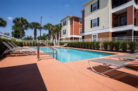 College Station Apartments Ucf College Station Orlando Fl Apartment Finder