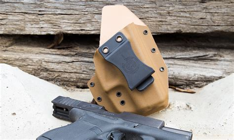 kydex iwb holsters comfortable iwb kydex and its comfortable the solace hybrid holster