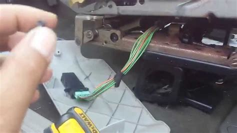 repaired power seat motor on a 2009 land rover lr2 2005 dodge caravan power seat quick fix youtube