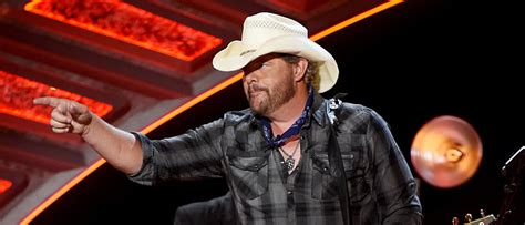 toby keith education toby keith keeps it real on political issues the daily