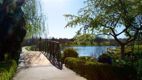 botanical garden kansas city overland park arboretum and botanical gardens in overland