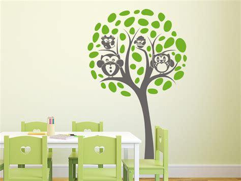 Wandtattoo Im Kinderzimmer by Wandtattoo Baum Mit Eulen Familie Wandtattoo De