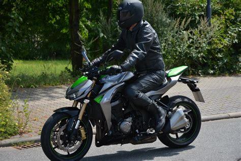 Motorrad Zu Viel öl by Test Kawasaki Z 1000 Special Edition B 246 Ser Blick Gute