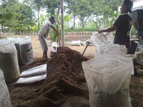 Bokashi Pupuk Kandang Sapi mengenal jenis dan macam pupuk organik tani dan ternak