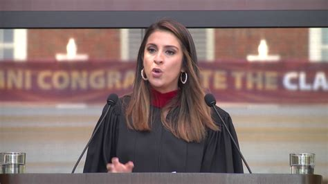 Elon Mba Commencement 2017 by Maity Interiano 07 Delivers The 2017 Elon