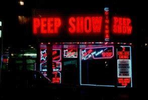sex shop cabinas madrid por un pu 241 ado de euros los peep show centro mujer
