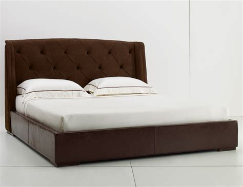 Leather Upholstered Bed by Ulivi Damien Upholstered Leather Bed Nella Vetrina