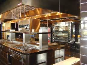 How To Design A Commercial Kitchen by Best 25 Restaurant Kitchen Design Ideas On Pinterest