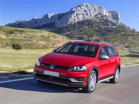 Golf Auto Ru by Listino Volkswagen Golf Station Prezzi Caratteristiche