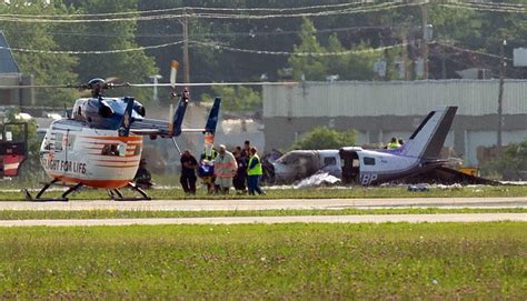 scow landing small plane crashes at wisconsin airport 6 injured u s