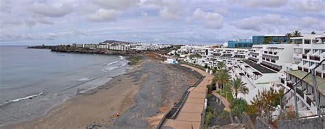File:Lanzarote Playa de las Coloradas R01 Wikimedia Commons