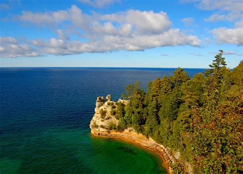 Lake Superior Michigan   Michigan Lake Superior Vacations