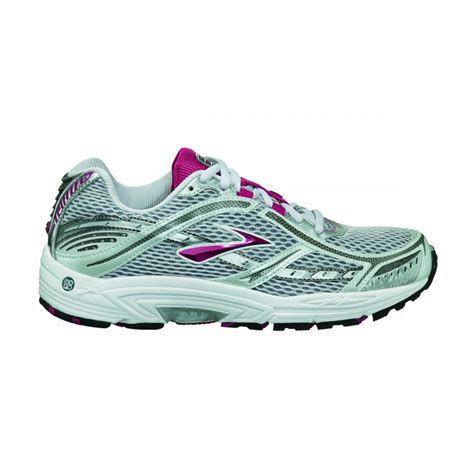 dyad 6 road running shoes s white pink at