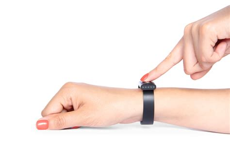 Nymi: The bracelet that uses heartbeats to unlock your world ? Wireless Integrated