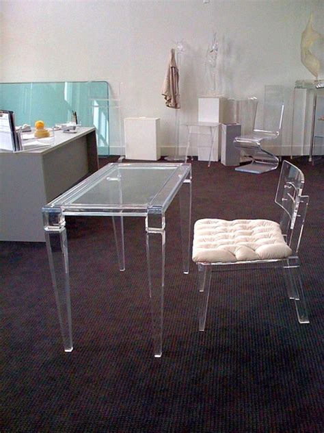 Clear Office Desk 17 Contemporary And Minimalist Clear Office Desk Designs