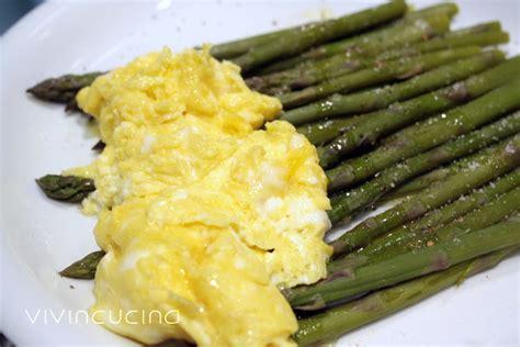 cucinare asparagi e uova asparagi e uova ricetta vegetariana