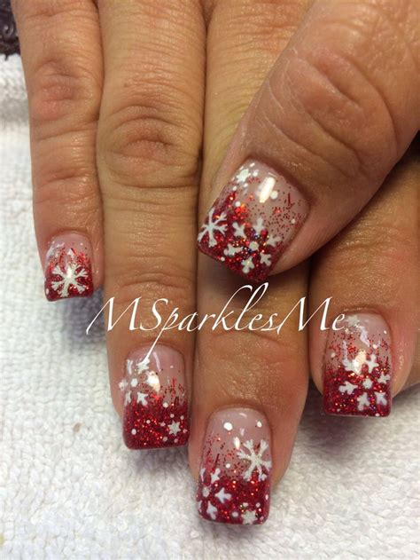 snowflake pattern nails snowflake nails claws pinterest snowflakes red and