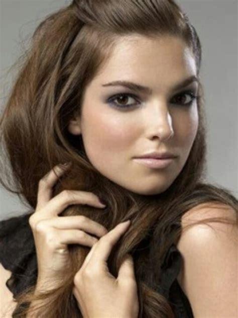 medium to light ash brown hair hair tips