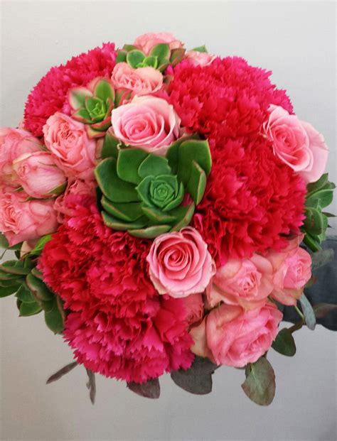 Wedding Bouquet Delivery by Wedding Bouquets Adelaide Delivery