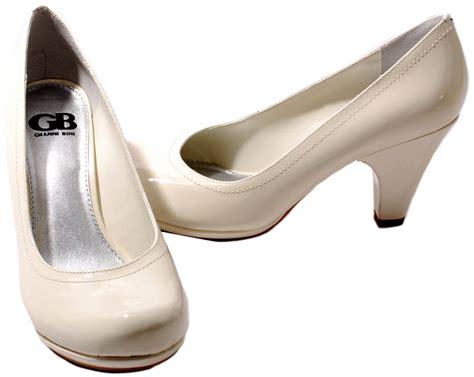gianni bini womens shoes cloud white patent leather nite