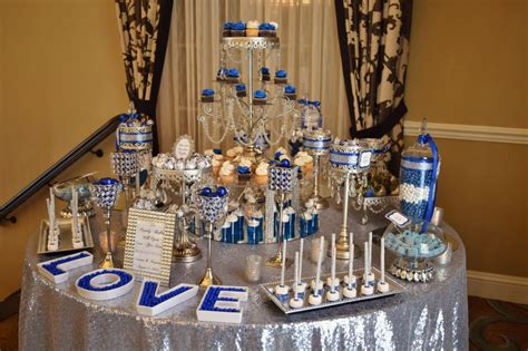 royal blue and silver made for a super elegant and sparkly