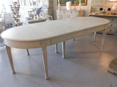 Painted Kitchen Tables Vintage Oval Jessica Color 24 Painted Kitchen Table